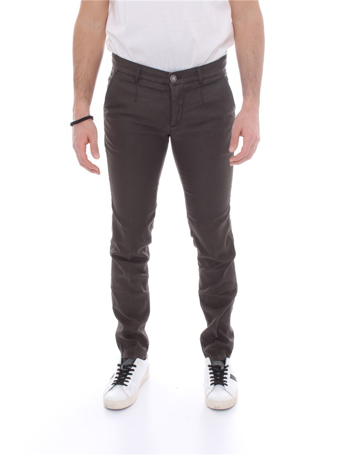 ALESSANDRO DELL'ACQUA Trousers Regular AD7107WAP P0070LT Brown