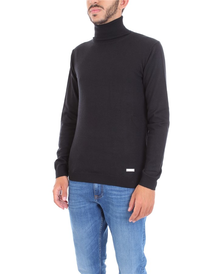 ALESSANDRO DELL'ACQUA Sweater Black