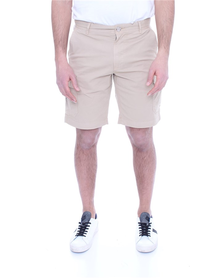 WOOLRICH Shorts  To the knee Men WOSHO019 2559 0