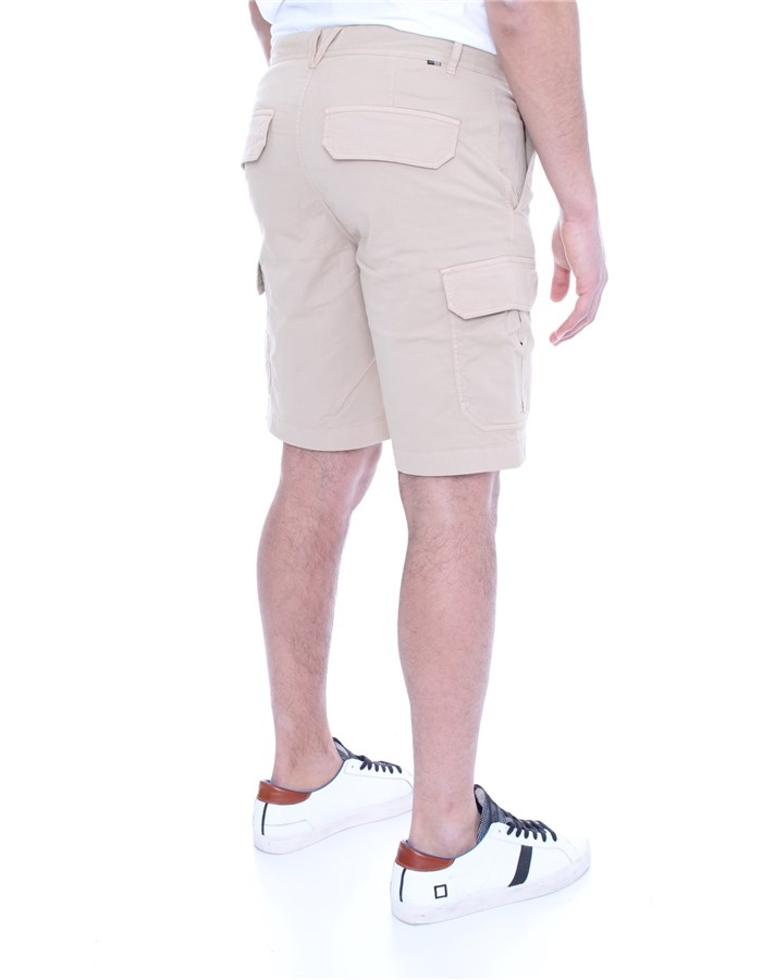 WOOLRICH Shorts  To the knee Men WOSHO019 2559 6