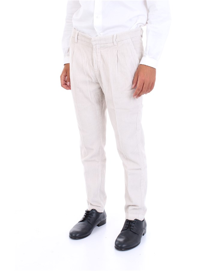 YAN SIMMONS Trousers Cream