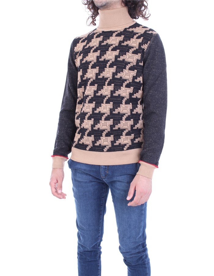 MANUEL RITZ Sweater Black