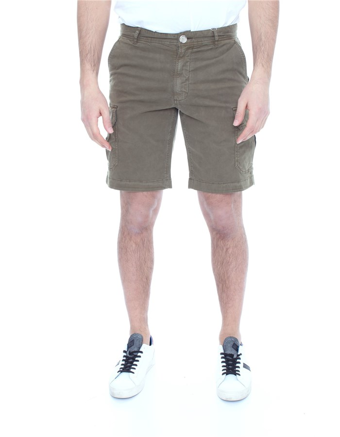 WOOLRICH Shorts  To the knee WOSHO019 2559 Military