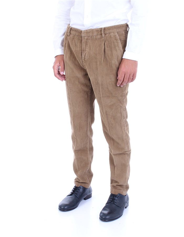 YAN SIMMONS Trousers Camel