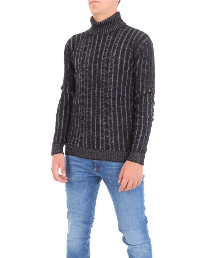 ALESSANDRO DELL'ACQUA Sweater Black gray