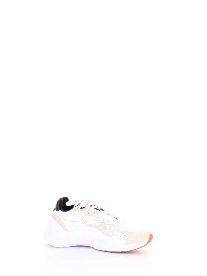 MCQ ALEXANDER MCQUEEN. Sneakers Donna. Daku. Articolo  544903 R2563   Colore  Bianco  Materiale  pelle ... e7cc7ff7c06